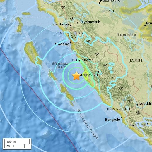 """แผ่นดินไหว 6.5 นอกชายฝั่ง """"เกาะสุมาตรา"""" ของอินโดนีเซีย ไม่มีรายงานความเสียหาย"""