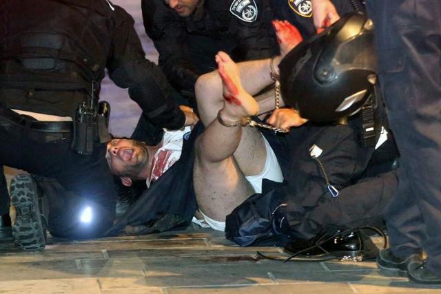 2ปาเลสไตน์บุกกราดยิงตลาดกลางคืน 'เมืองหลวงอิสราเอล' สังหาร 4 เจ็บ 5