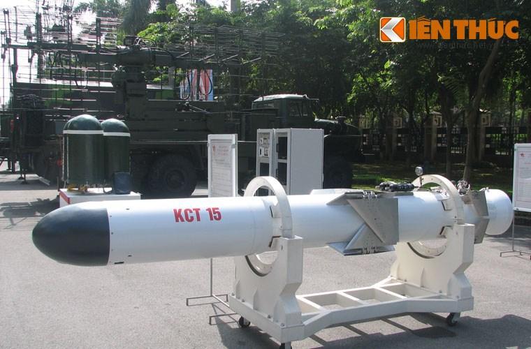 """เวียดนามโชว์จรวดยิงเรือ 3M24 """"ฮาร์พูนสกี้"""" เทคโนโลยีรัสเซีย ผลิตเองเป็นแห่งแรกในย่านนี้"""