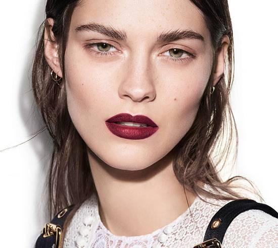 Cheekbone Blush