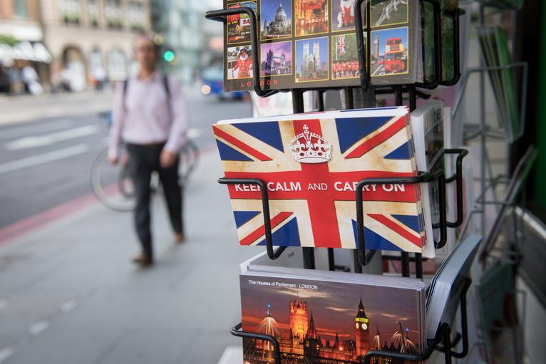 """""""มูดีส์"""" ปรับแนวโน้มเศรษฐกิจ UK เป็น """"ลบ"""" หลังผลประชามติแยกตัวจากอียู"""