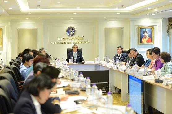 """""""สมคิด"""" สั่งพาณิชย์ใช้แผนหุ้นส่วนยุทธศาสตร์ถกจีน-อินเดีย ดึงร่วมมืออุตฯ เป้าหมายตามนโยบายไทยแลนด์ 4.0"""