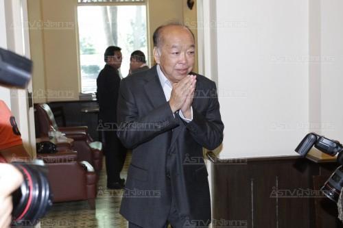 """""""เพื่อไทย"""" จี้รัฐอย่าทำเป็นทองไม่รู้ร้อน ขู่เมินคำทูตส่อเจอมาตรการอื่นตามมา"""