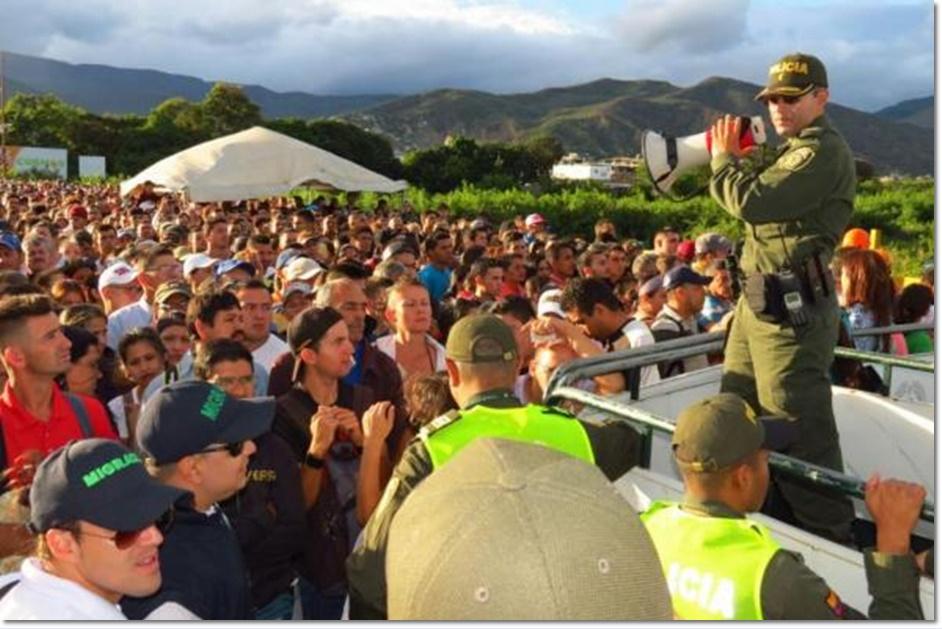 "Image result for ชาว ""เวเนซุเอลา"" ข้ามไป ""โคลอมเบีย"" อีกครั้ง หลังเปิดพรมแดน"