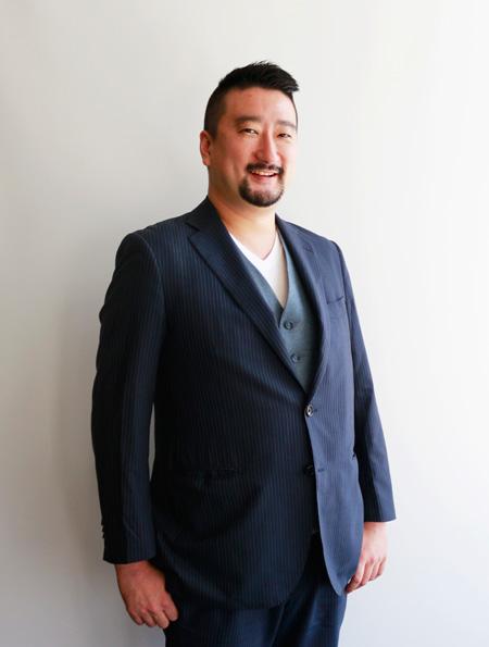 มร.โยอิชิ นิวะ ผู้อำนวยการฝ่ายเทคโนโลยีสารสนเทศ บริษัท เดนท์สุ มีเดีย (ประเทศไทย) จำกัด