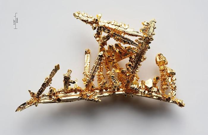 ทองคำ: ตำนานและความกระหายที่อาจทำให้ชีวิตหายนะได้