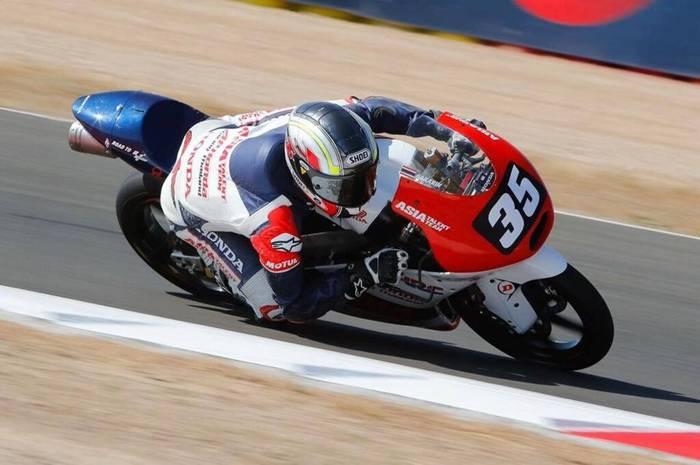 """""""ชิพ"""" เร่งสปีดเก็บแต้ม Moto3 ที่สเปน"""