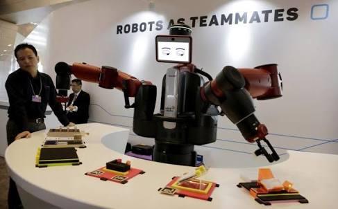 ผู้เชี่ยวชาญเทคโนโลยีอังกฤษ เตือนระบบการศึกษายังไม่พร้อมสร้างเด็กสู่ยุค AI