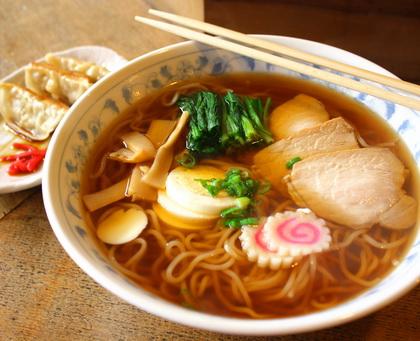 """แทบอ้วก! เด็กญี่ปุ่นโซ้ยราเม็งร้านดังเจอ """"ปลายนิ้ว"""" โผล่ในชาม"""