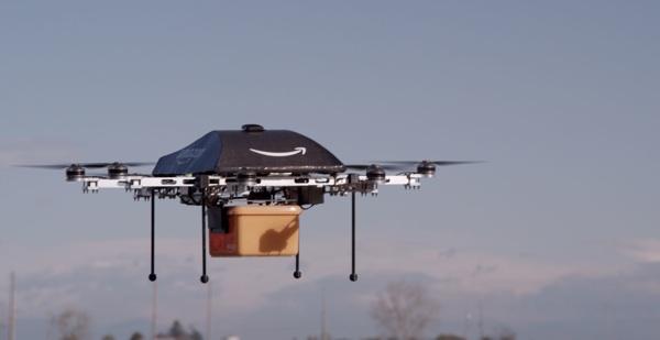 """Amazon จดสิทธิบัตรพัฒนาโดรนเป็น """"ผู้ช่วยตำรวจ-บอดี้การ์ด"""""""