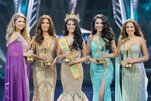 """ไม่ทำให้คนไทยผิดหวัง!! """"ฝ้าย"""" ซิวรองอันดับที่ 2 Miss Grand International 2016"""