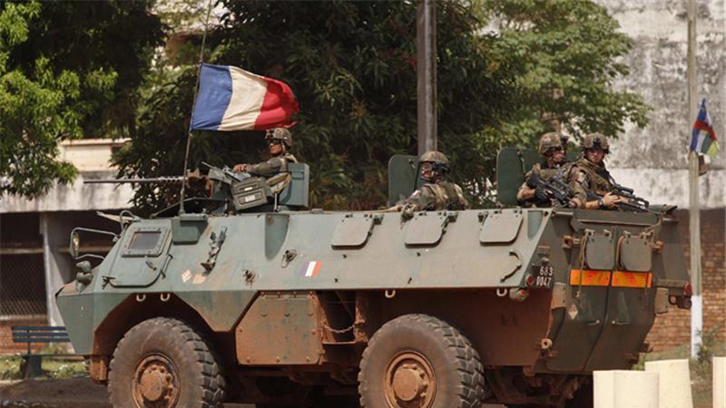 """รบ.ฝรั่งเศสประกาศยุติปฏิบัติการ """"ซองการีส์"""" ในแอฟริกากลาง"""