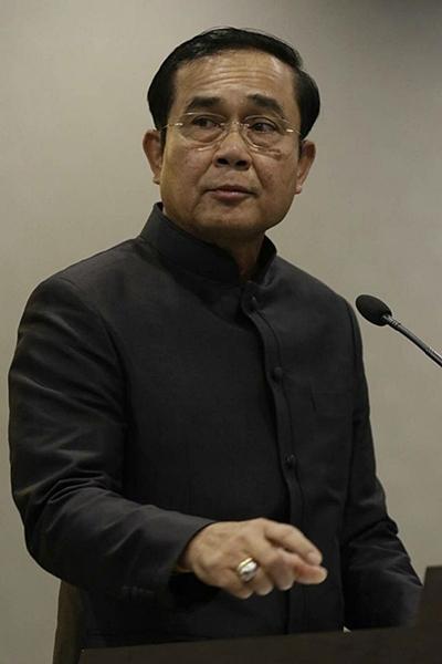 พลเอกประยุทธ์ จันทร์โอชา นายกรัฐมนตรี เร่งออกมาตรการช่วยเหลือชาวนา