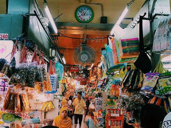 """""""กิมหยง"""" ตลาดสีสัน 3 เวลามากมนต์เสน่ห์ ศูนย์กลางธุรกิจและแลนด์มาร์คเมืองหาดใหญ่ (ชมคลิป)"""