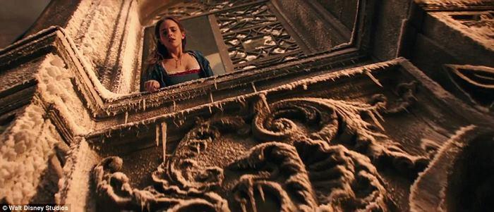 """ดิสนีย์ปล่อยตัวอย่าง """"Beauty and The Beast"""" ได้เห็น """"เอมมา วัตสัน"""" แบบเต็มๆ"""