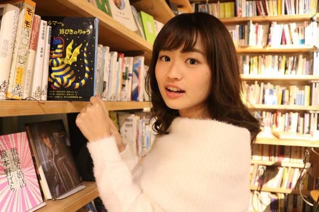 """""""ชิโนะฮาระ รินะ"""" สาวคณะอักษรศาสตร์ได้รับคะแนนโหวตสูงที่สุด"""