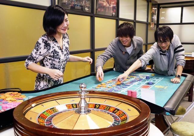โรงเรียนสอนบริการและเกมการพนันในกรุงโตเกียว