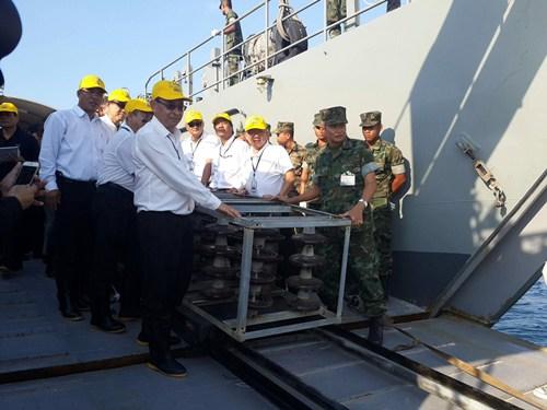 กฟผ. ร่วมกับกองทัพเรือสร้างบ้านปลาจากลูกถ้วยฉนวนไฟฟ้า เฉลิมพระชนมพรรษา ๘๔ พรรษา สมเด็จพระนางเจ้าสิริกิติ์ฯ ใน ร.๙