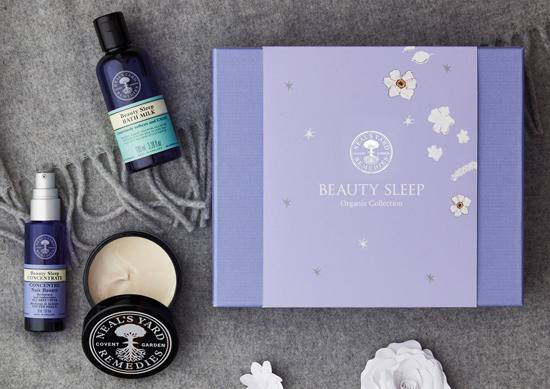 ชุด Beauty Sleep Organic Collection จาก นีลส์ ยาร์ด เรมมิดีส์ ราคา 3,200 บาท