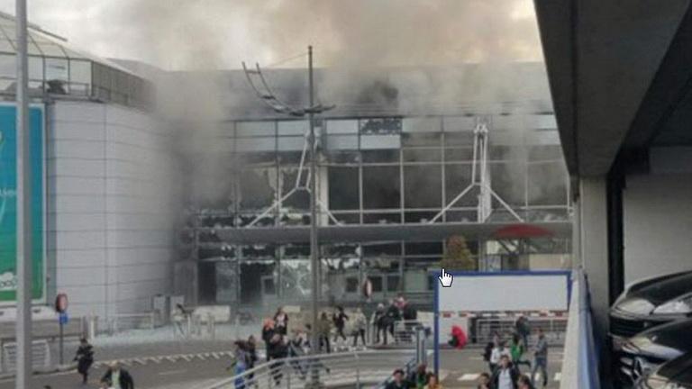 ภาพความอลหม่านหลังเกิดเหตุระเบิดฆ่าตัวตายภายในสนามบินซาเวนเท็ม กรุงบรัสเซลส์