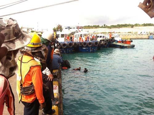 คนงานขนถ่ายสินค้าโดดทะเลฆ่าตัวตายในท่าเรือฯ มาบตาพุด