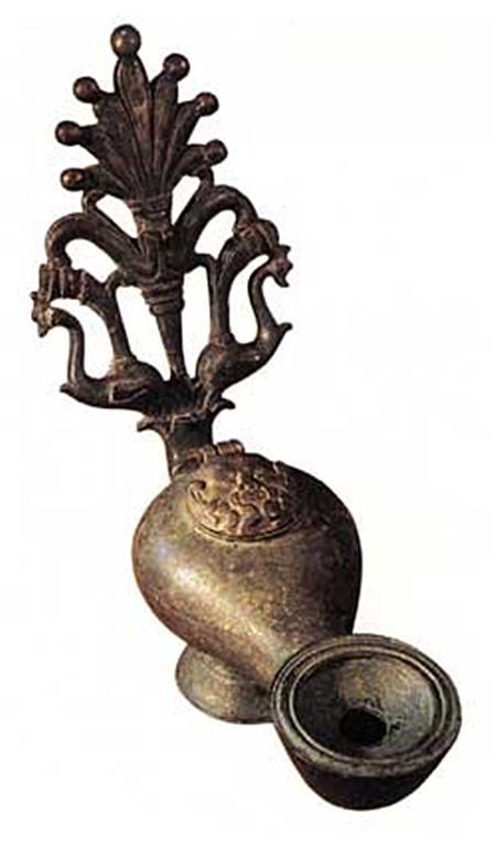 ไม่เชื่อก็ต้องเชื่อ! อาณาจักรโรมันกับไทยไปมาถึงกันเมื่อ ๒,๐๐๐ ปีก่อน! ตะเกียงดวงนี้ที่เมืองกาญจน์ยืนยัน!