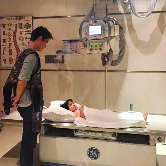 """ซุปตาร์เด็ก """"คิมแทโอ"""" จัดงานแฟนมีตติงที่ไทยแต่ล่าสุดโดนหามส่งโรงพยาบาล"""