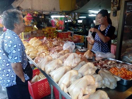 พบตรุษจีนนี้ของไหว้ในตลาดศรีราชาราคายังคงเดิม