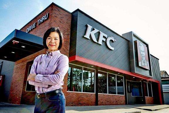 แววคนีย์ อัสโสรัตน์กุล ผู้จัดการทั่วไป เคเอฟซี ประเทศไทย บริษัท ยัม เรสเทอรองตส์ อินเตอร์เนชั่นแนล  (ประเทศไทย) จำกัด