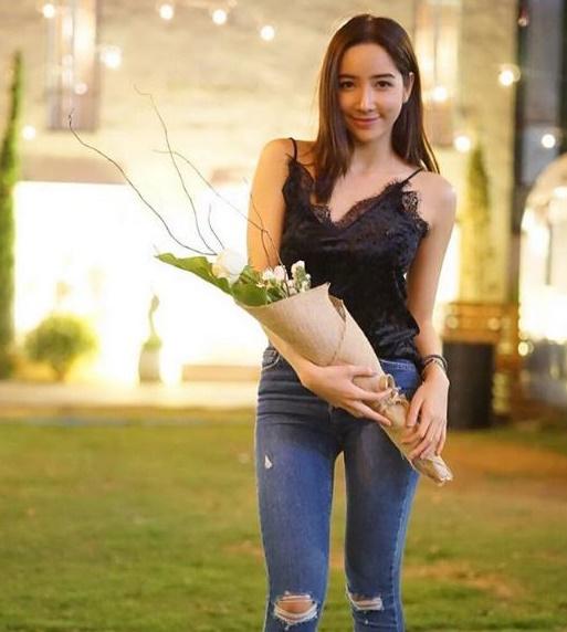 ดอกไม้ที่หนุ่มป้องให้เป็นของขวัญวันวาเลนไทน์