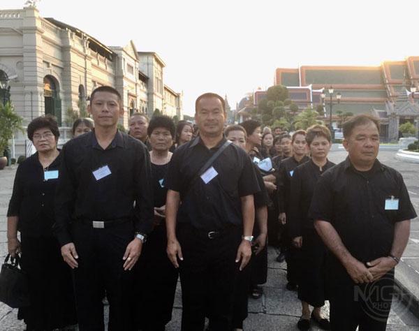 พสกนิกรกราบพระบรมศพในหลวง ร.๙ ด้วยความสำนึกในพระมหากรุณาธิคุณ วันที่ 105
