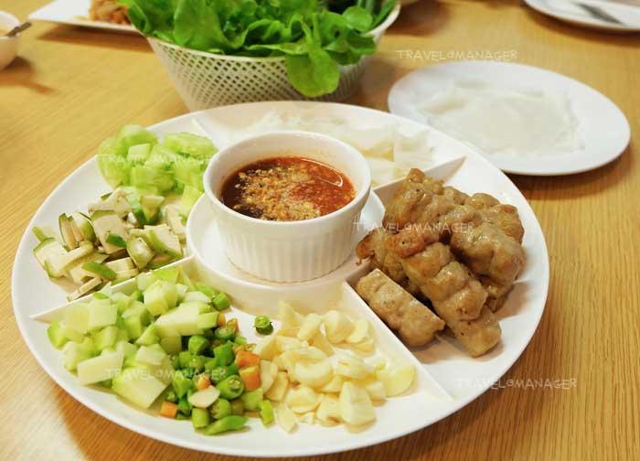 """เสิร์ฟความอร่อยแบบต้นตำรับเวียดนามแท้ๆ ที่ """"ร้านเลย-ดานัง"""""""