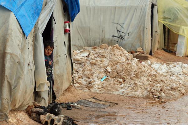 """UNICEF Photo of the Week : """"เด็ก"""" คือ ผู้ทุกข์ทรมาน และผู้สูญเสียที่สุดในวิกฤตสงครามซีเรียที่ยืดเยื้อมาแล้ว 6 ปี"""