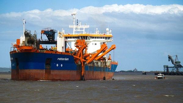 บริเวณท่าเรือขนถ่านหิน เมืองกลาดสโตน(ภาพจากเว็บไซต์มูลนิธิสืบนาคะเสถียร - www.seub.or.th)