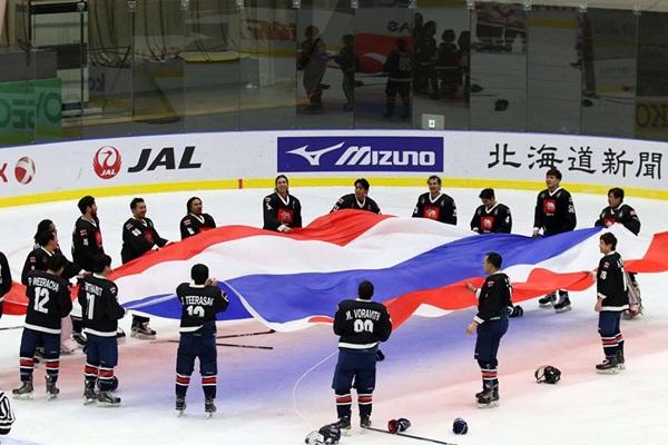 """ทีมฮอกกีชายไทย คว้าเหรียญทองประวัติศาสตร์ """"เอเชียนเกมส์ฤดูหนาว"""""""