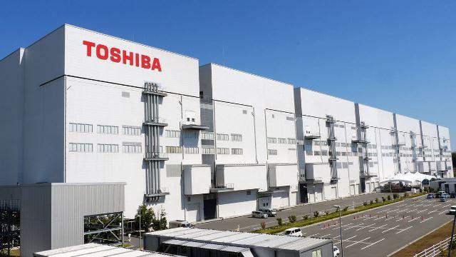 """ผ่าแผนกู้ """"โตชิบา""""  ยื่นล้มละลาย จำใจขายสุดยอดเทคโนโลยี"""
