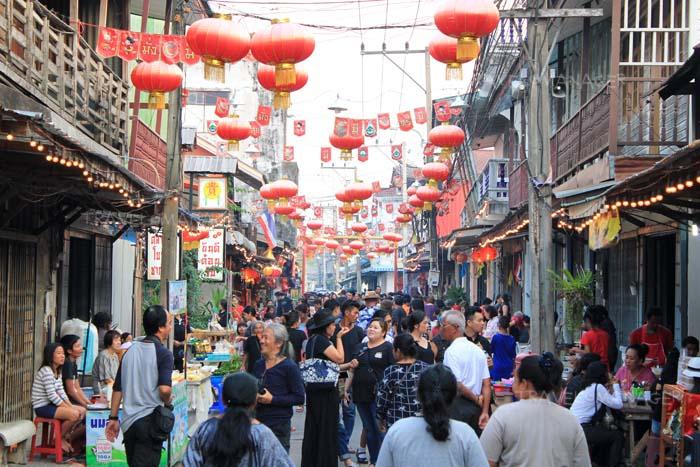 ความคึกคักของตลาดจีนโบราณชากแง้ว