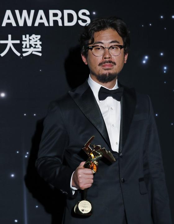 ยอดผู้กำกับ นาฮงจิน คว้ารางวัลใหญ่ผู้กำกับยอดเยี่ยมจากหนัง The Wailing ที่ได้รับเสียงชมมากมาย