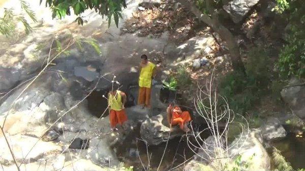 """ร้อนแล้ง """"วังบัวบาน"""" เหลือแต่น้ำขังโขดหินสุดท้าย-ห้วยแก้วแห้งสนิท"""