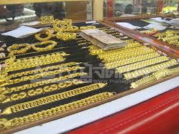 เผยร้านทองเตรียมรับมือคนนำทองแห่ขายหลังเทศกาลสงกรานต์