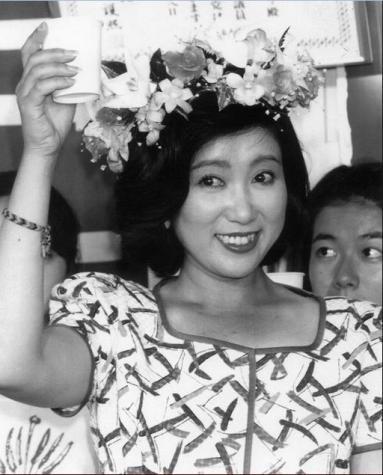 """ย้อนประวัติ อ่านผลงาน """"ยุริโกะ โคะอิเกะ"""" ผู้หญิงทรงอิทธิพลที่สุดของญี่ปุ่น"""