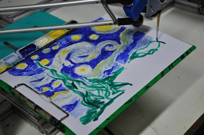 หุ่นยนต์เดลตาโรบอทวาดภาพ The Starry night