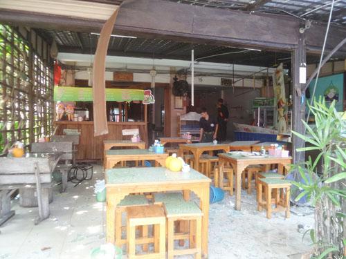 ร้านสเต๊กกลางเมืองระยองระเบิด ทำให้มีผู้ได้รับบาดเจ็บหลายราย