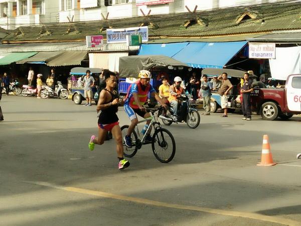 ต่างชาติร่วมวิ่ง-ปั่นจักรยานทวิภาคีไทย-เมียนมาคึกคัก