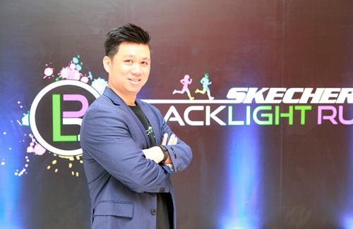 """ห้ามพลาดสาดสีความมัน งานวิ่งกลางคืนระดับโลก """"Skechers Blacklight Run Thailad"""""""