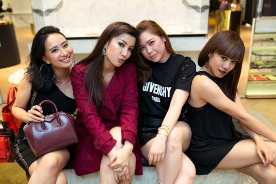 Givenchy ชวนเซเลบเอลิสต์เอ็กซ์คลูซีฟปาร์ตี้ ในรูปแบบ Open House
