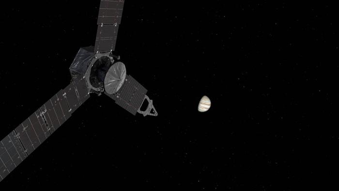 ภาพจำลองยาน Juno ขณะเข้าใกล้ดาวพฤหัสบดี (NASA)
