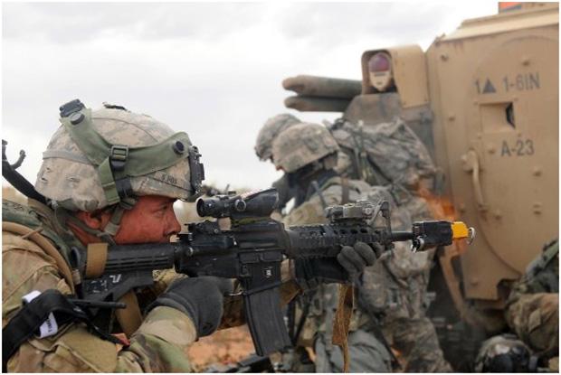 <br><FONT color=#00003>เป็นไรเฟิลประสิทธิภาพสูง ผ่านการศึกมาโชกชนตลอดกว่า 20 ปีมานี้ ใช้กันในเกือบทุกหน่วยรบ ของกองทัพสหรัฐ แต่ในวันนี้่สถานการณ์เปลี่ยนไป อาจจะหมดยุคสำหรับกระสุน 5.56x45 เพราะไม่สามารถเจาะทะลุเสื้อเกราะ รุ่นใหม่ๆ ได้.  </b>
