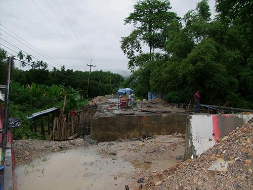 ชาวบ้านแลง จ.ระยอง นัดรวมตัวร้อง ทางหลวงชนบท หลัง ได้รับความเดือดร้อนจากโครงการสร้างสะพาน