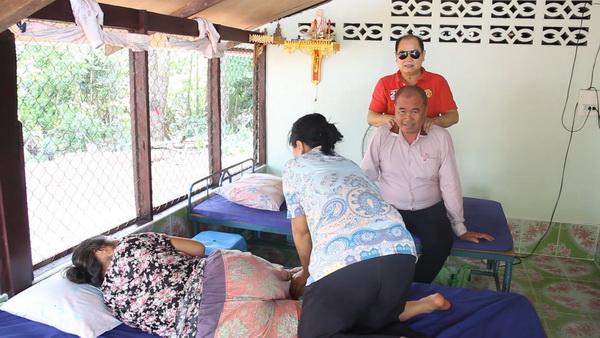ท้อได้แต่ไม่ถอย!หนุ่มใหญ่ตาบอดนวดไทยหาเลี้ยงชีพ ภูมิใจไม่เป็นภาระสังคม